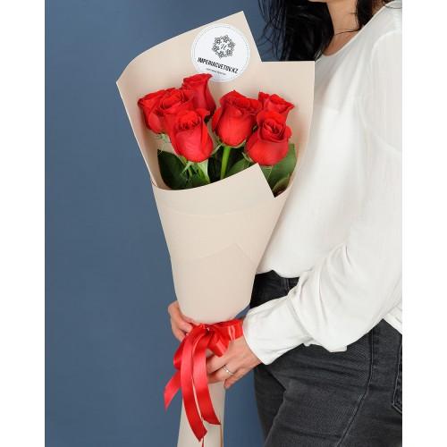 Купить на заказ Заказать Букет из 7 роз с доставкой по Риддеру с доставкой в Риддере