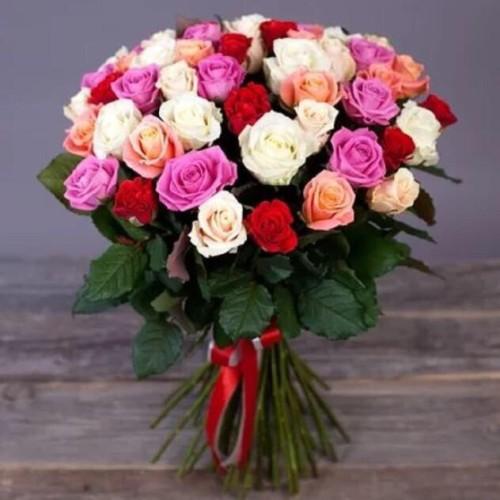 Купить на заказ Заказать Букет из 31 розы (микс) с доставкой по Риддеру с доставкой в Риддере